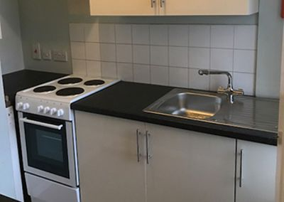 Small Kitchen Installation